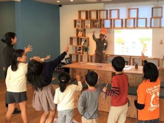 東京都府中市小学校にて「ネット、ゲーム、電子マネー時代のお金の大切さ」